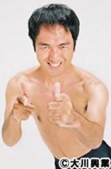 自身のアニメーションスタンプが発売された江頭2:50(C)大川興業 (C) GignoSystem Japan,Inc.