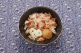 沖縄の家庭の味かちゅー湯は、自在にアレンジもOK 「にんにく入りかちゅー湯」 ※写真提供:ヤマキ