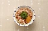 沖縄の家庭の味かちゅー湯は、自在にアレンジもOK 「みょうがかちゅー湯」 ※写真提供:ヤマキ