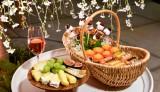 アンダーズ東京のお花見企画「お花見ガーデン」 桜色のロゼシャンパンやチーズなど大人のお花見を堪能できる