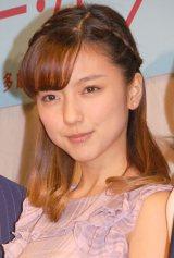 劇中でのコスプレ披露に「ウキウキします!」と喜びを語った真野恵里菜 (C)ORICON NewS inc.
