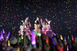 福岡 ヤフオク!ドームでファンクラブ限定ライブを開催したももいろクローバーZ photo by HAJIME KAMIIISAKA