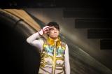 """超特急のユースケ 『BULLET TRAIN ONEMAN SHOW SPRING HALL TOUR 2015 """"20億分のLINK 僕らのRING""""』より PHOTO: 米山三郎(SignaL)"""