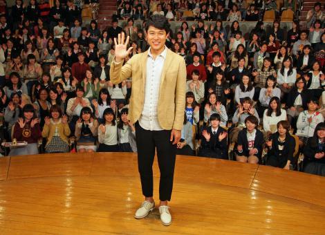 鈴木亮平\u003dドラマ『天皇の料理番』留学応援トークイベント (C