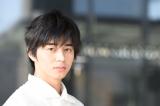 6月24日放送の日本テレビ系スペシャルドラマ『永遠のぼくらsea side blue』(後9:00)に出演する東出昌大 (C)日本テレビ