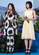映画『海街diary』完成披露イベントに出席した(左から)風吹ジュン、広瀬すず (C)ORICON NewS inc.