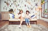新曲『アイ・リアリー・ライク・ユー』のMVで共演した(左から)ローラ、カーリー・レイ・ジェプセン