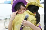 大阪城野音2daysが決定に抱き合って喜ぶメンバーたち