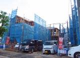 マテックスの「PARシステム」は、建築現場で発生する塗料や鉄粉などの飛散による自動車汚損事故に対応。既に損保会社数社から評価を得ている(写真はイメージ)