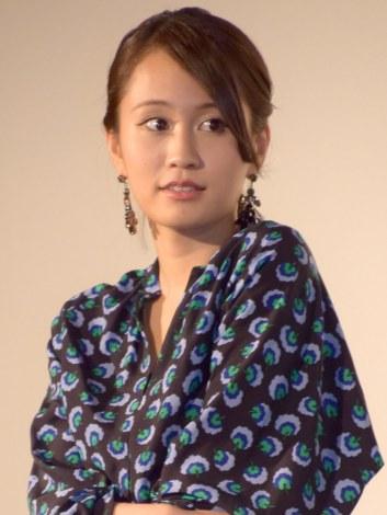 映画「イニシエーション・ラブ」の大ヒット御礼舞台あいさつに出席した前田敦子