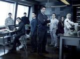 感染ウイルスが発生した北極の研究基地の謎の研究者ハタケ博士役を演じる(C)2014 Sony Pictures Television Inc. All Rights Reserved.
