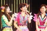 新曲を7月15日に発売すると発表したNMB48(左から上西恵、須藤凛々花、西村愛華)(C)NMB48