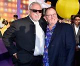 すべてのピクサー作品で声優を務めるジョン・ラッツェンバーガー(左)とジョン・ラセター氏(右)