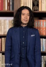 お笑いコンビ・ピースの又吉直樹(写真)とアイドルグループ・NEWSの加藤シゲアキが、単発深夜バラエティーでテレビ初共演
