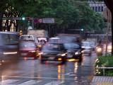雨の日の運転、想定される被害と対策は?