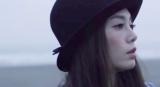 かわいえいじの3rdシングル「カゲロウ」のMVに出演する島袋聖南