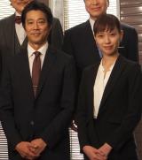 ドラマ『リスクの神様』の記者会見に出席した(左から)堤真一、戸田恵梨香 (C)ORICON NewS inc.