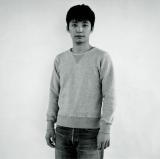 ソロ1stシングル「くだらないの中に」(2011年3月2日発売)