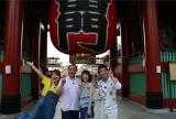 テレビ朝日系で7月5日スタートの新番組『さんぽサンデー』初回ゲストは(左から)はるな愛、平泉成、戸田恵子、勝俣州和(c)テレビ朝日
