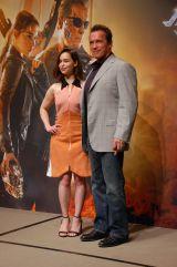 アーノルド・シュワルツェネッガーとエミリア・クラークが映画『ターミネーター:新起動/ジェニシス』(7月10日公開)をPR(C)ORICON NewS inc.