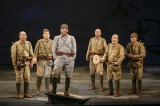 15年ぶりの再演舞台『七人ぐらいの兵士』が開幕 撮影:須佐一心