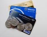 ネット銀行、各社のキャッシュカードはどんなもの?