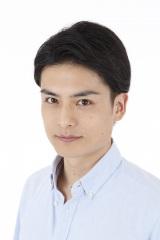 イシカワ役の伊阪達也