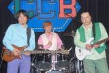2008年の再結成ライブで共演した(左から)渡辺英樹さん、笠浩二、関口誠人 (C)ORICON NewS inc.