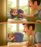ディズニー/ピクサー映画『インサイド・ヘッド』(公開中)より。上がオリジナル版(字幕版)、下が日本語吹き替え版の映像。ブロッコリーがピーマンに変更されている(C)2015 Disney/Pixar. All Rights Reserved.