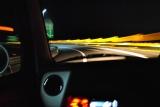 ウインカーの消し忘れによって起こった交通事故の事例を紹介
