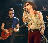 新バンド「ROLL-B DINOSAUR」(ロール・ビー・ダイナソー)を結成した(左から)織田哲郎、ダイアモンド☆ユカイ (C)ORICON NewS inc.