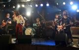 新バンド「ROLL-B DINOSAUR」(ロール・ビー・ダイナソー)のデビューライブの模様 (C)ORICON NewS inc.