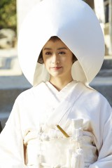 自身の結婚式は「ウエディングドレスがいい」と語る山本美月