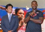 TBS系『世界陸上 2015北京』制作発表会見に出席した(左から)織田裕二、ジャスティン・ガトリン選手 (C)ORICON NewS inc.