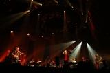 Aqua Timez10周年記念ライブ『sing along SINGLES tour 2015〜シングル18曲一本勝負プラスα〜』の模様