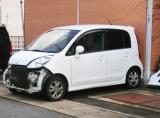 自損事故で車に損傷があったら…保険を使うべき? それとも自腹で修理?