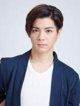 クリス・レッドフィールド役の中村誠治郎