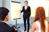"""今回はビジネスシーンの""""提案時""""に使える「実践英語」を紹介"""