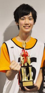 グランプリに輝いた大阪府在住の高校2年生16歳・田中亨(たなかとおる)くん