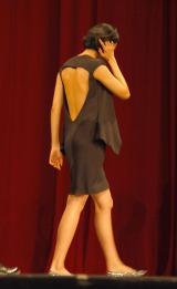 背中が大きく開いた大胆ドレスで登場した榮倉奈々 (C)ORICON NewS inc.