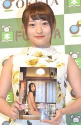 『小谷里歩ファースト写真集 蛇口』発売記念イベント前の囲み取材に出席したNMB48の小谷里歩 (C)ORICON NewS inc.