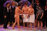世界の一流パフォーマーが集結する『THE 舶来寄席2015 autumn』で日本とカナダの裸芸対決が!
