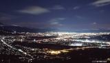「夜景100選」に選ばれた見事な夜景を堪能できる、長野道 姨捨SA(上り)
