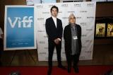 『バンクーバー国際映画祭』に参加した(左から)東出昌大、石井隆監督