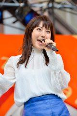 初の学園祭ライブで7曲を歌ったMIORIこと瀧本美織 撮影:河上良