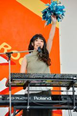 初の学園祭ライブを行ったLAGOONのYUKINO(Key) 撮影:河上良