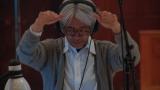 映画『レヴェナント:蘇えりし者』で音楽を担当する坂本龍一。写真はスコアリングセッションの模様 (C)2016 Twentieth Century Fox