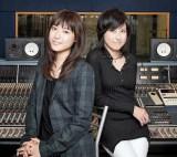 瀧本美織(左)率いるガールズバンドLAGOONに岸谷香が新曲提供