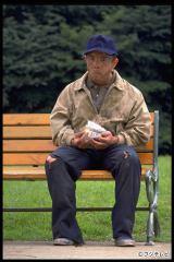 『世にも奇妙な物語 25周年記念!秋の2週連続SP〜傑作復活編〜』でリメイクされる「思い出を売る男」