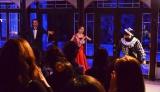 21日、都内で行われた女性限定完全招待制イベント「ヴェネチアン マスカレード ナイト」では妖艶なダンスショーも行われ、仮面女子たちの視線を釘付けに (C)oricon ME inc.